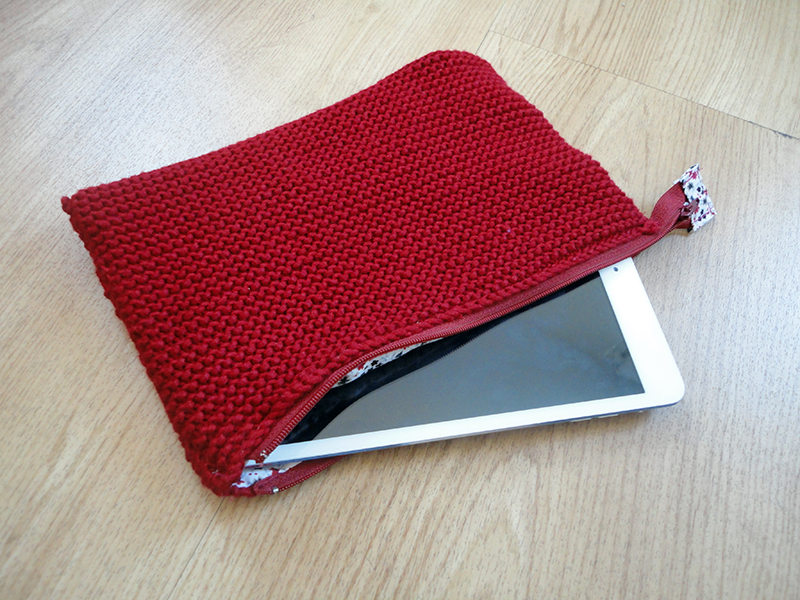 Pochette rouge 6